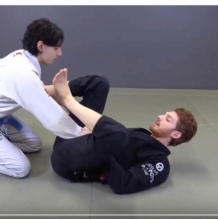 Triangle vs Kneeling Opponent (Jonathan Thomas)